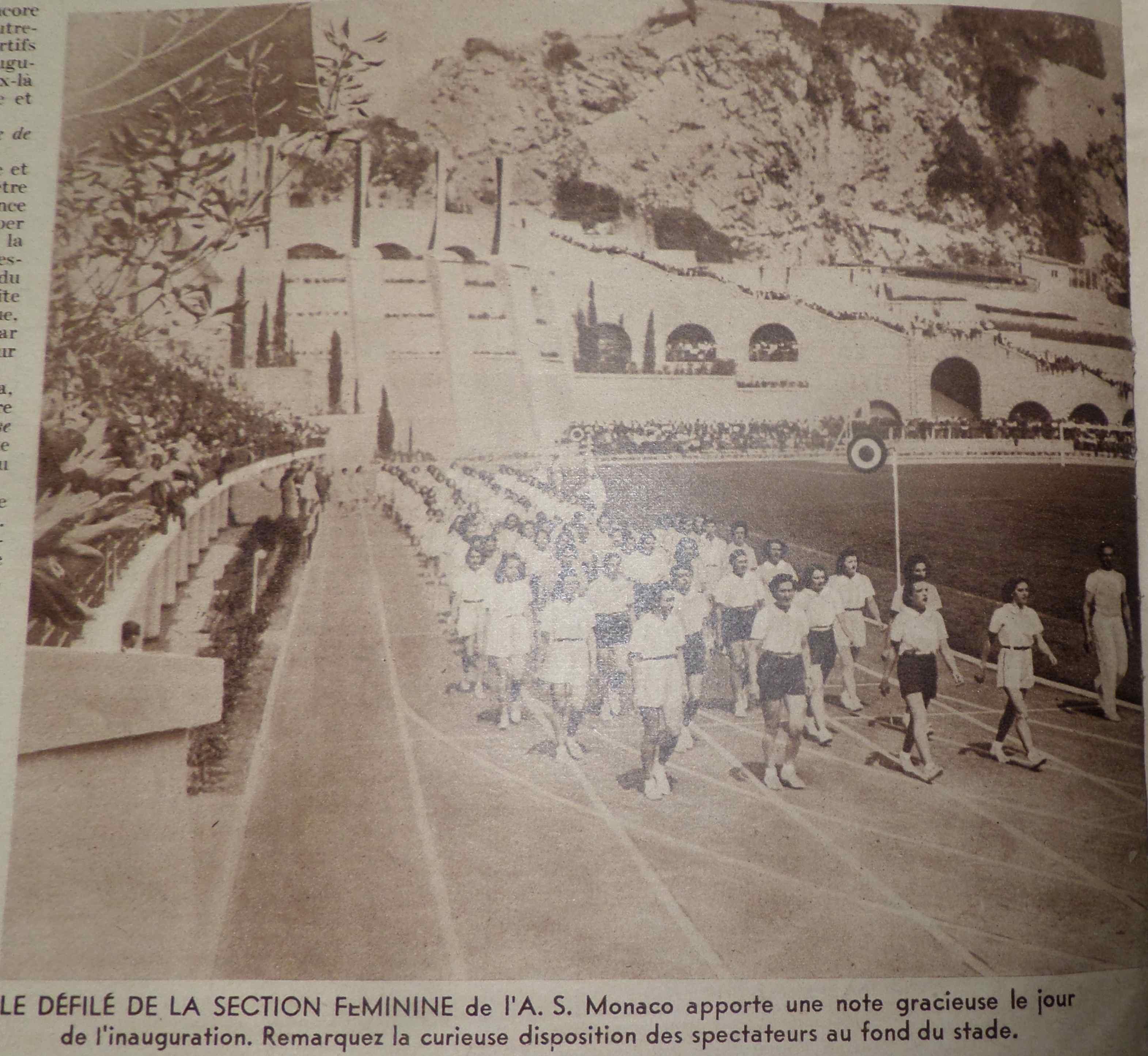 En 1939 c est l o m qui inaugure le stade louis ii en for Piscine stade louis 2